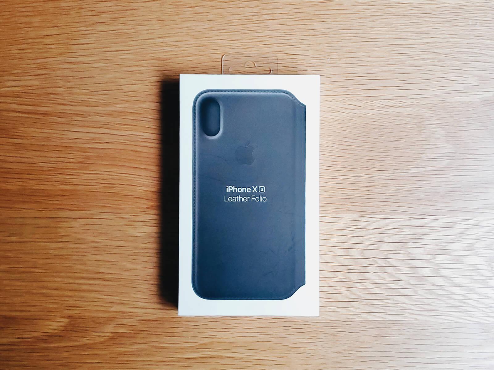 iPhone XSレザーフォリオ